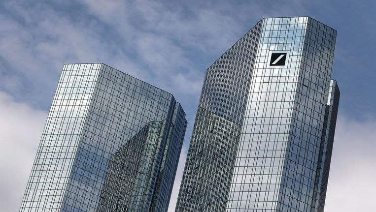 Hoofdkantoor van de Deutsche Bank. Beeld null