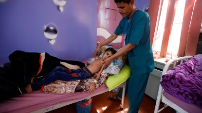 Voor het eerst sinds 2016 zieke kinderen geëvacueerd uit hoofdstad Jemen