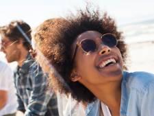 Waarom je altijd een zonnebril moet dragen: 'Of het nu bewolkt is of een warme zomerdag, bescherm je ogen'