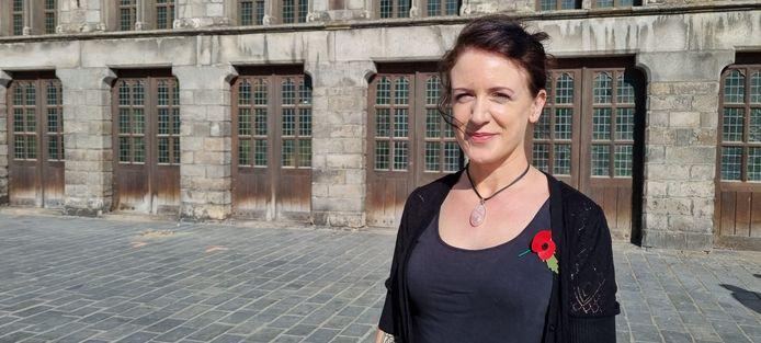"""De Engelse Kim Wright gidst landgenoten doorheen de Westhoek: """"Enig probleem, er zijn er momenteel geen."""""""