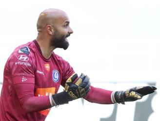 """Gent-doelman Bolat zag verlies met lede ogen aan: """"Of ik penalty's kan trappen?"""""""