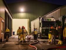 Sein brandmeester bij brand in loods papiergroothandel Box, niemand raakte gewond