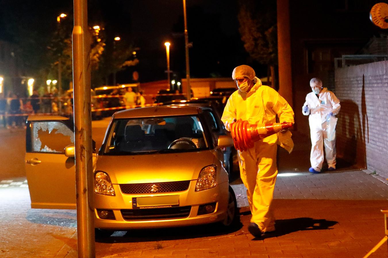 Fouad Rashidi werd achter het stuur van zijn Suzuki doodgeschoten in de Eindhovense Sionstraat. De schutter stond naast de wagen en schoot vijf keer door de ruit heen.