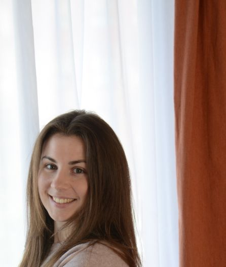 Lieke (23) let op de centen: 'Vriendinnen fluiten me terug wanneer ik doorsla'