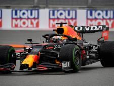 LIVE | Hamilton rijdt vleugel kapot bij insturen pitlane, Verstappen houdt het snel voor gezien