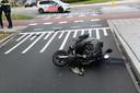 Botsing met auto en scooter in Nuenen.