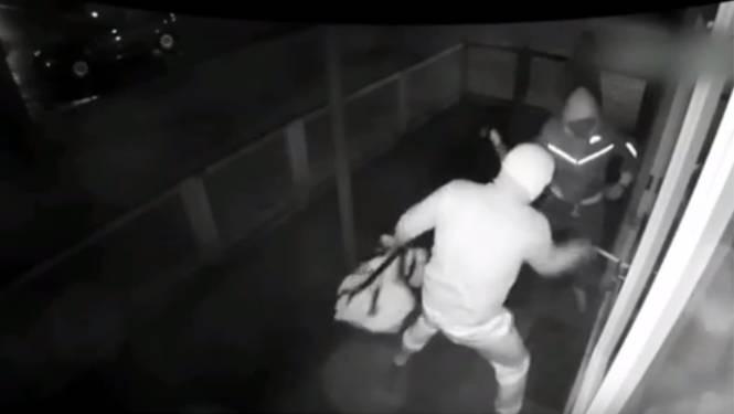 Camerabeelden vrijgegeven van reeks overvallen in Oost-Nederland