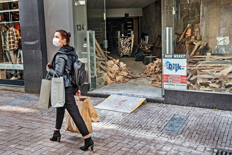 De Kalverstraat in Amsterdam tijdens de eerste lockdown vorig jaar. Beeld Guus Dubbelman / de Volkskrant