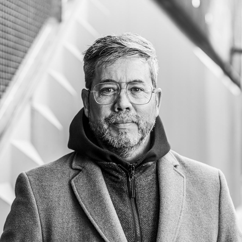 Ben Smit: 'Als je mensen in Tilburg aan de hand neemt, is mijn ervaring, dan worden ze verliefd. Ophet tweede gezicht.'  Beeld Jiri Büller
