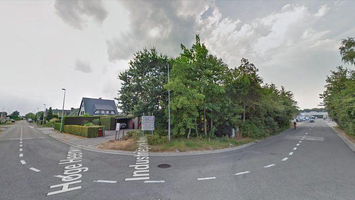Het Industriepark-Noord in Sint-Niklaas (rechts), waar het transportbedrijf is gevestigd, met links de Hoge Heerweg.