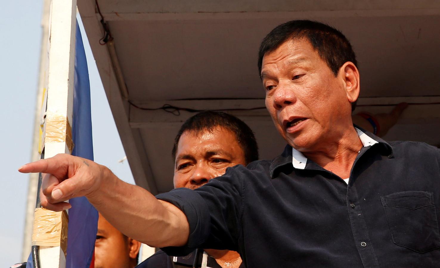 Duterte heeft het niet zo op met landgenoten die geen coronaprik halen en verwoordt dat in dreigende taal.