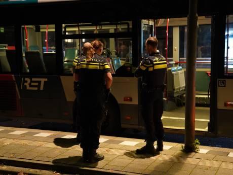 Zwaargewonden bij steekpartij op Zuid: zes jongeren tussen de 14 en 17 jaar aangehouden