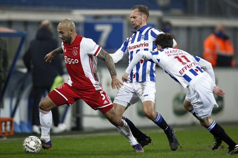 SC Heerenveen werd gisteren met sprekende cijfers in het Abe Lenstrastation door Ajax verslagen (0-3).  Beeld ANP