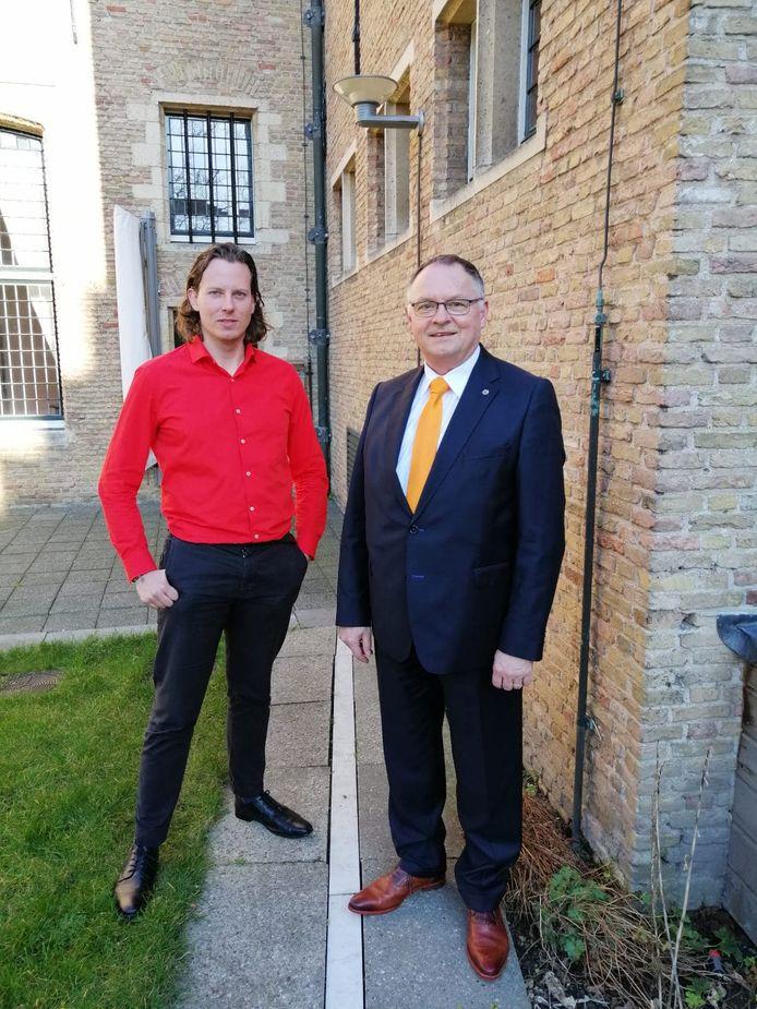 Statenleden Ralph van Hertum (l) en Kees van den Berge.