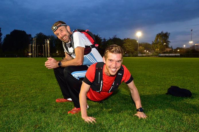 De Goudse trailrunners Alex Olieman (links) en Martijn Klaasse.