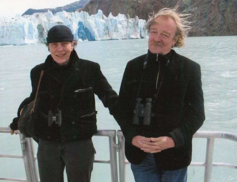 Kunstenaar Ruth Thiadens met haar man Midas Dekkers in Patagonië. Beeld rv