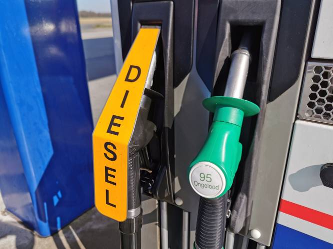 """Betalen we ons binnenkort blauw aan de benzinepomp? """"Optimisme zal olieprijs doen stijgen, maar er zijn nog veel andere factoren die meespelen"""""""