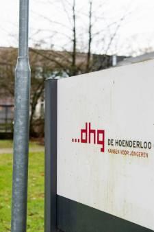 Staatssecretaris belooft Hoenderloo-ouders te bellen: 'Geen signalen gehad over ontbreken passende zorg'