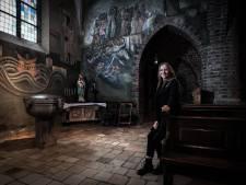 Vroeger speelde ze er engel, nu beslist Maike (19) uit Duiven mee over de 'Kathedraal van de Liemers'