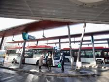 Busbedrijf EBS bezuinigt op controles en ritten: flinke daling reizigers door corona