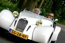 Iwan en Dimitri Göbel jaren geleden achter het stuur van één van hun Burtons.