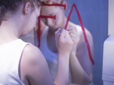 'Je bent slecht': Virtual reality toont hoe het is om anorexia te hebben