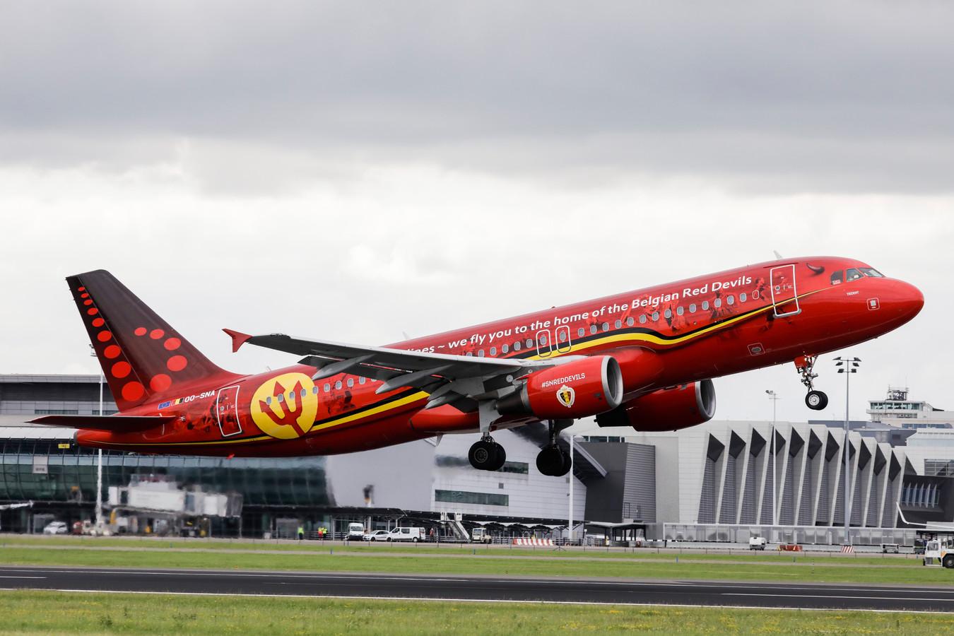 L'avion spécialement décoré pour les Diables à l'occasion de la Coupe du monde en Russie en 2018.