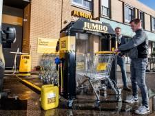 LIVE | Corona in de regio: Speciale winkelwagen-wasstraat in Bathmen en opening Lelystad airport uitgesteld