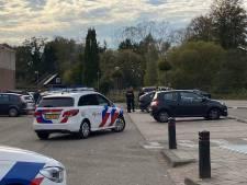 Agenten met getrokken vuurwapens naar auto in Ugchelen omdat er 'vuurwapen' in lag