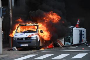 fotoreeks over Protest van 'gele hesjes' ontaardt in rellen in Brussel