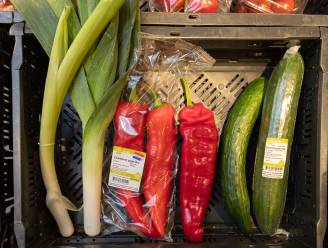 Schots en scheef in het schap: door hitte misvormde groenten toch te koop