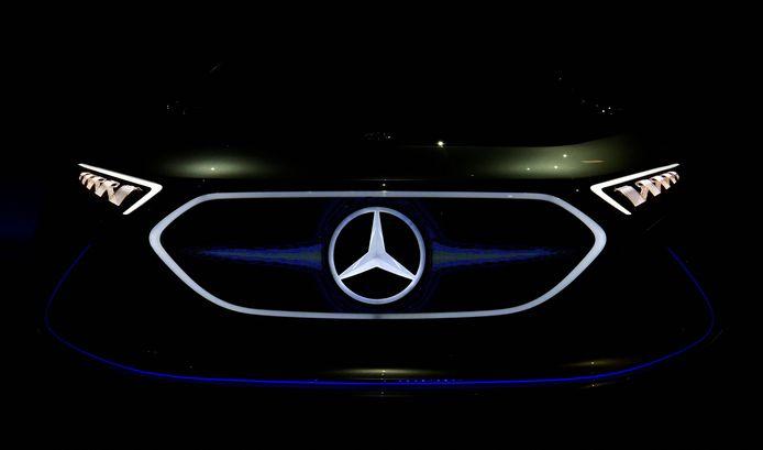 Le groupe Daimler possède notamment la marque Mercedes-Benz.