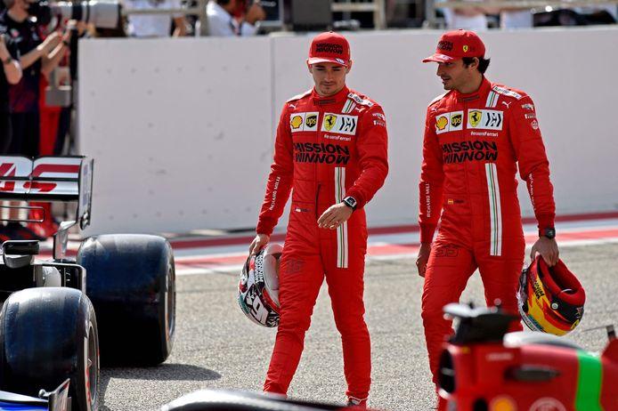 Charles Leclerc (l) samen met Carlos Sainz.