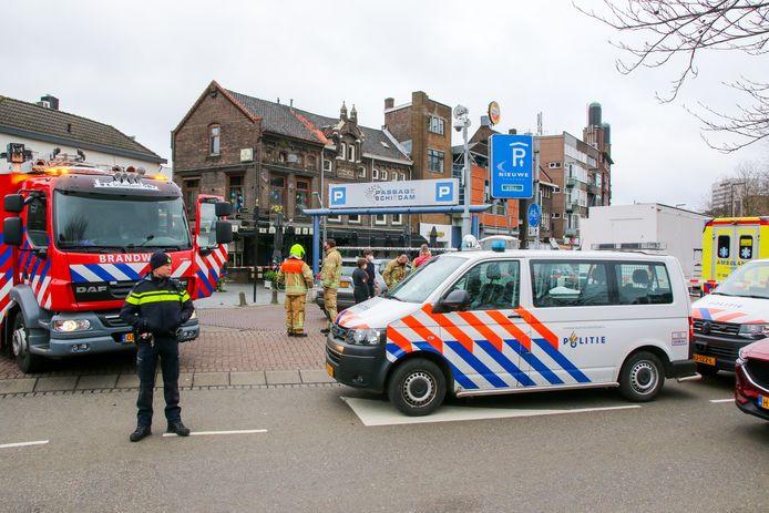 Het dodelijke ongeval gebeurde op de Koemarkt in Schiedam.