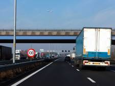 Verkeer ten westen van Arnhem rijdt weer na ongeval op A50 bij Heteren