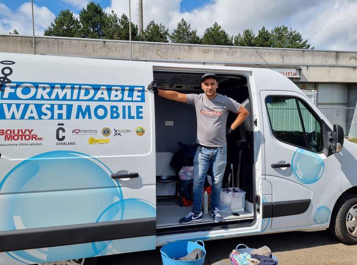 Faysal Abarkan et sa Wash Mobile se déplaceront de Charleroi à Chaudfontaine pour les sinistré(e)s.