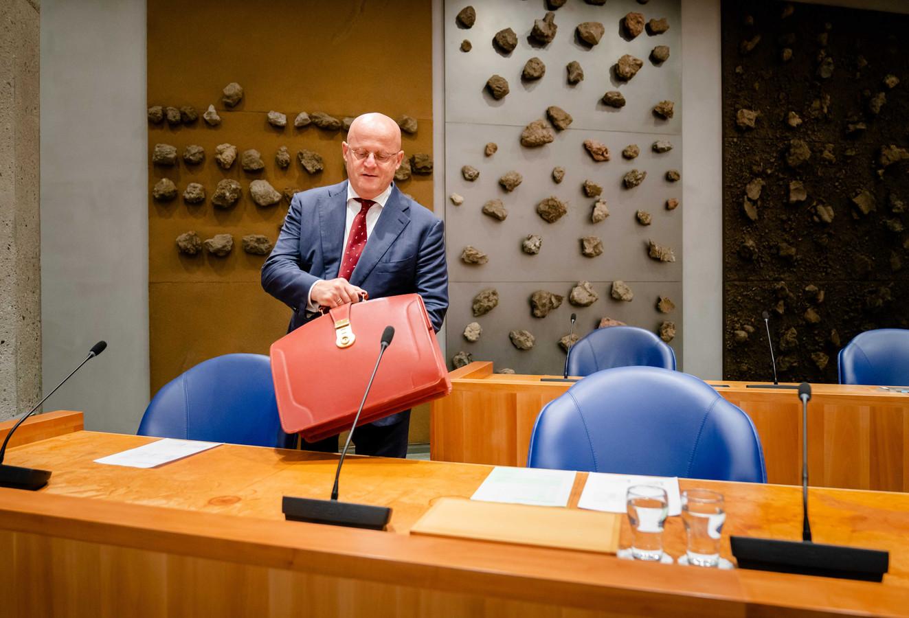 Demissionair minister Ferd Grapperhaus (Justitie en Veiligheid) tijdens een debat met de Tweede Kamer over Julio Poch.