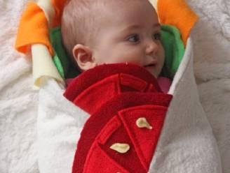 Dit dekentje maakt van je baby een burrito