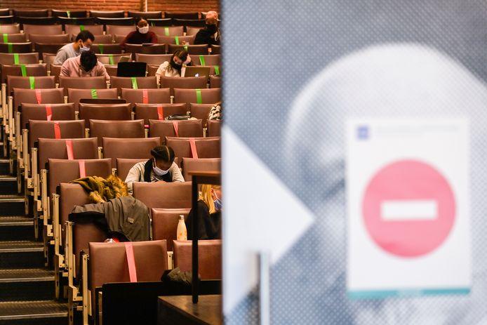 Un auditoire de l'ULB, octobre 2020.
