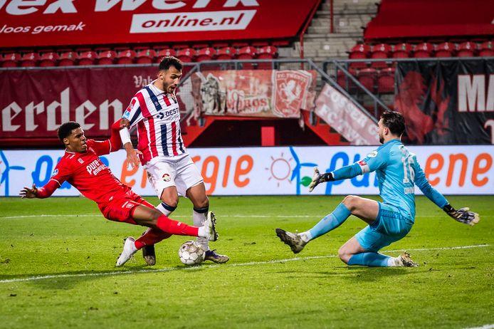 Vangelis Pavlidis wist tegen FC Twente eindelijk weer eens te scoren.