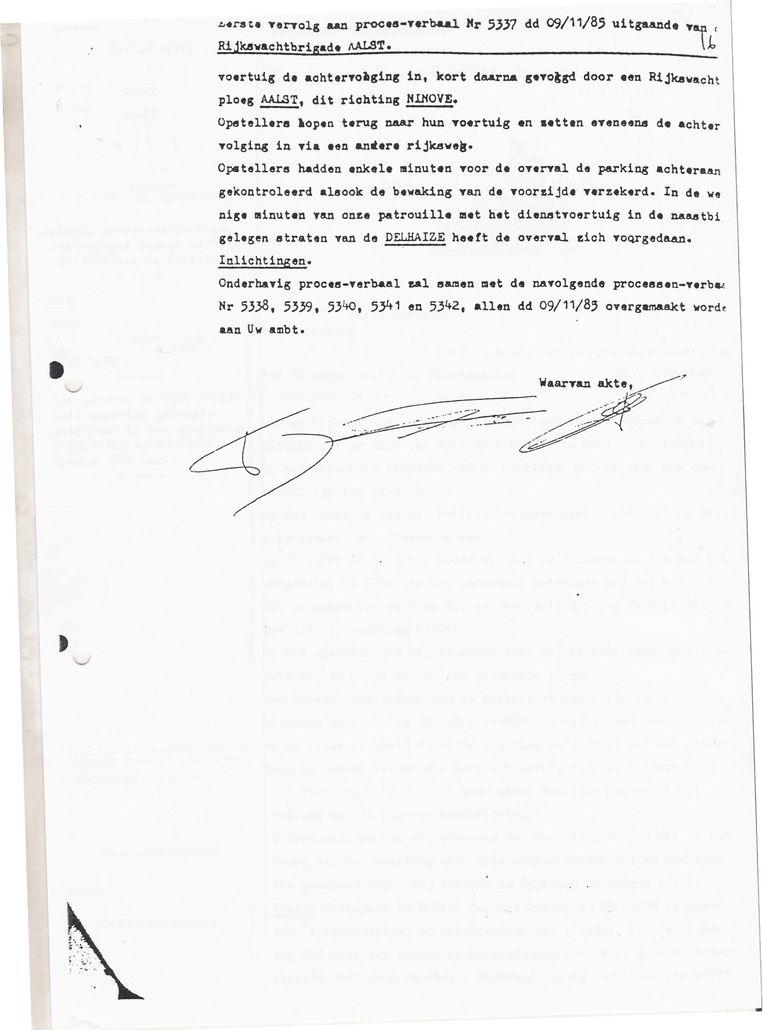 Uittreksel uit het proces-verbaal van de rijkswachters die belast waren met de bewaking van de Delhaize in Aalst. Beeld rv