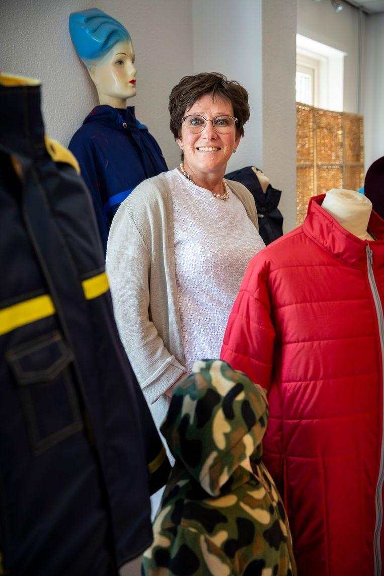 Wilma Verhoeks maakt kleding voor mensen met een beperking. Beeld Maikel Samuels