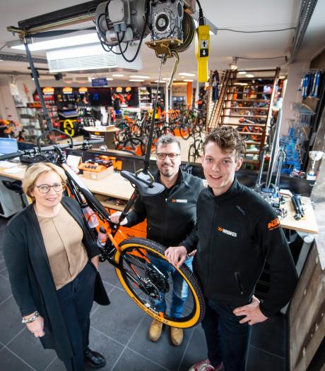 Het gaat goed met WR Bikes in Haarle: zelfs klanten uit Australië
