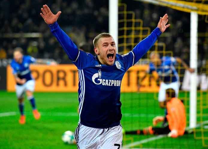 Meyer in actie voor Schalke.