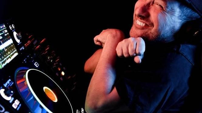 Dj Cripple wil feest voor gehandicapten in Afas Live