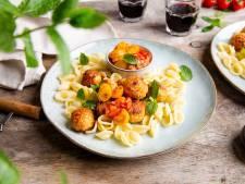 Wat Eten We Vandaag: Orecchiette pasta met harissa kipgehaktballetjes