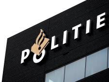 Fietser bedreigd met vuurwapen en beroofd in Botteskerkpark