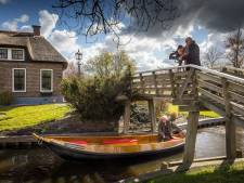 Giethoorn wil deze zomer de Europese toerist verleiden en een tv-item moet daarbij helpen