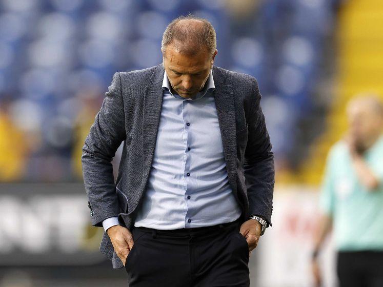 NAC-supporters stellen ultimatum: trainer Steijn moet zaterdag voor 23.59 uur zijn vertrokken