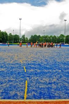 Tekort aan hockeyveld is geen probleem voor de voetballers, vinden GSBW en VOAB